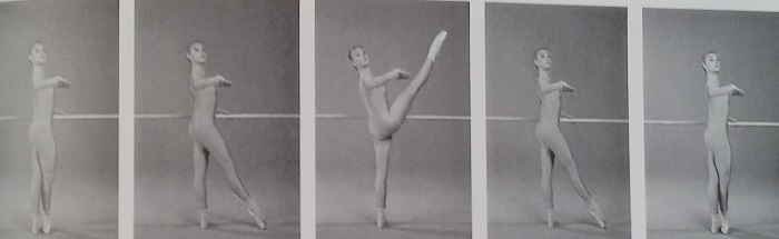 デヴァンではは徐々にヒップフレクサーを強化していますね。 アラベスクでは背筋や臀部の筋肉(ヒップエクステんさー)を強化していると同時に、その反対側にあるヒップフレクサーを徐々にストレッチしているわけですよ。 毎日のレッスンはとってもよくできているんです。 写真はclassical ballet techniqueより